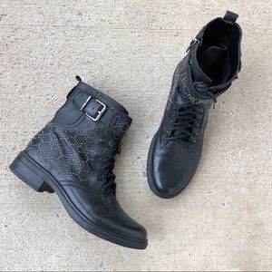 Vince Camuto Lace up black leather combat boots